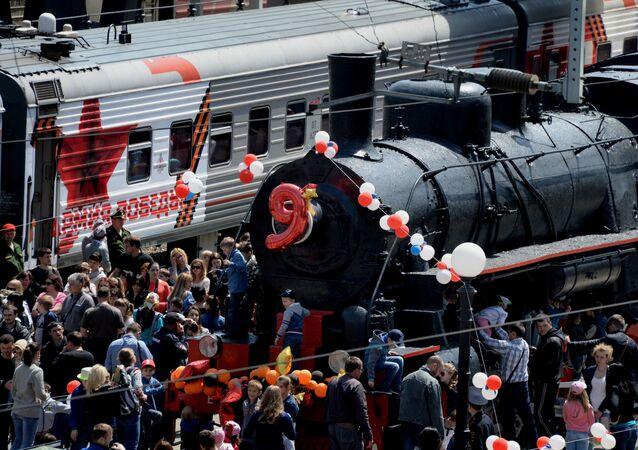 Witanie pociągu Armia Zwycięstwa we Władywostoku