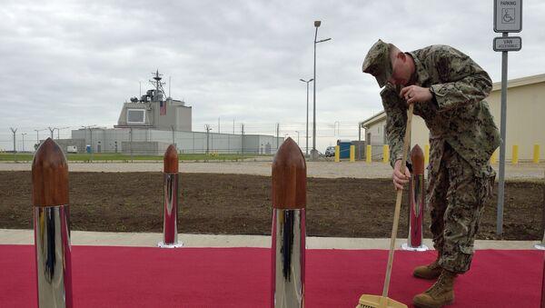 Przygotowania do ceremonii potwierdzenia gotowości operacyjnej amerykańskiego kompleksu obrony przeciwrakietowej Aegis Ashore w Rumunii - Sputnik Polska