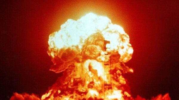 Atmosferyczny wybuch atomowy - Sputnik Polska