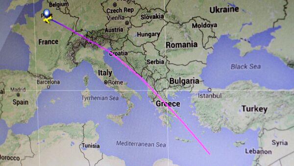 Trasa lotu MS804 linii lotniczej EgyptAir z Paryża do Kairu - Sputnik Polska