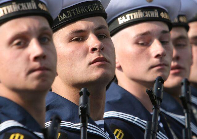 Marynarze Floty Bałtyckiej podczas Defilady Zwycięstwa w Kaliningradzie