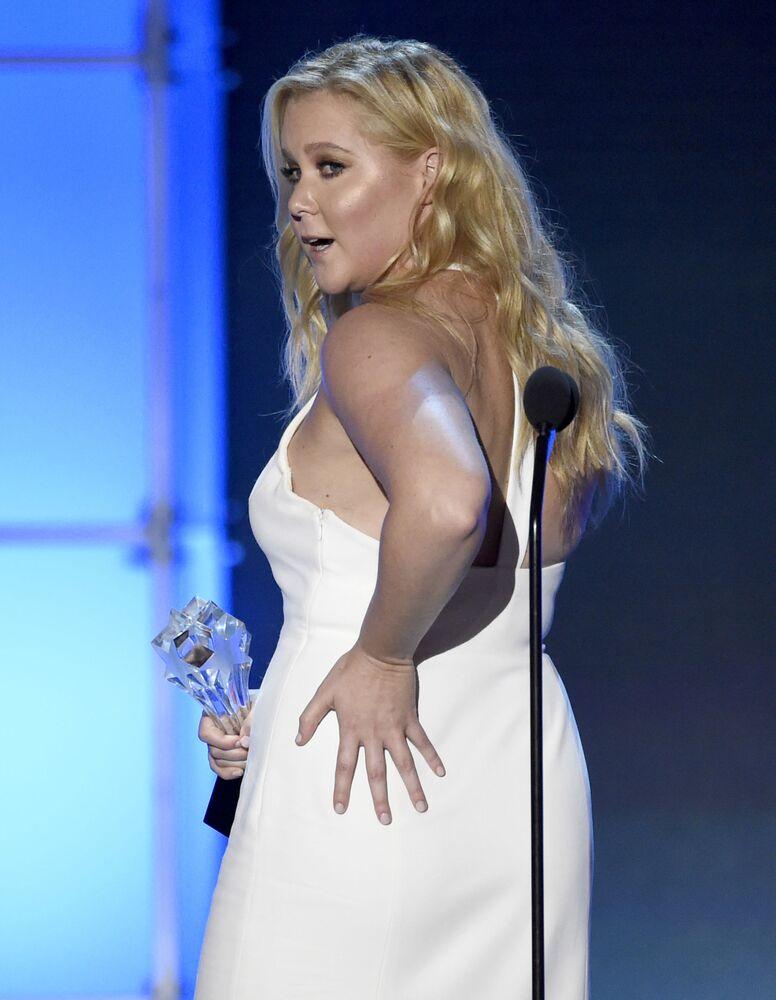 Kolejna blond gwiazda – aktorka komediowa Amy Schumer. Jest również znana jako scenarzystka i producent.