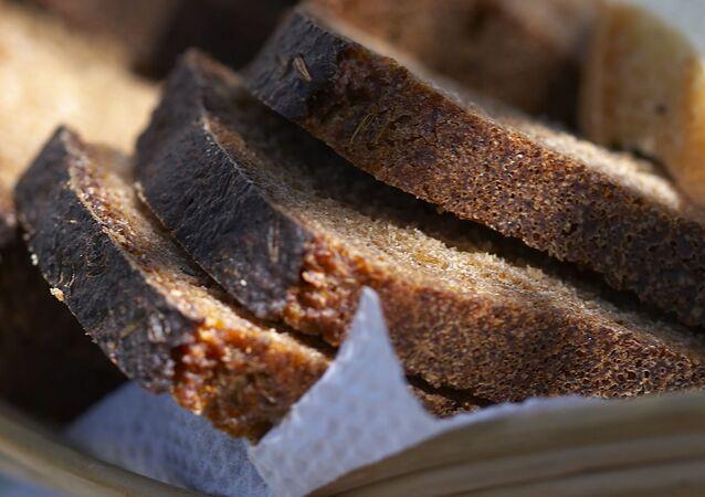 Сzarny chleb