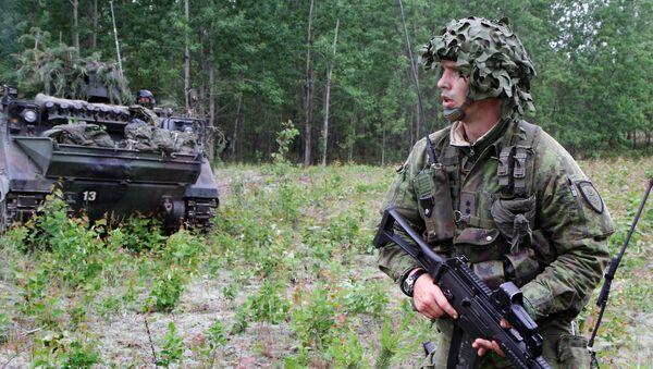 Litewski żołnierz podczas ćwiczeń wojskowych NATO Saber Strike na Litwie - Sputnik Polska