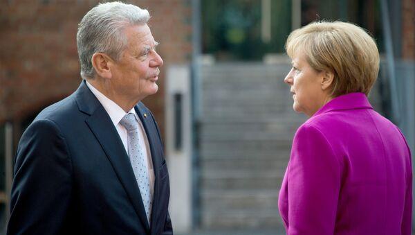 Joachim Gauck i Angela Merkel - Sputnik Polska