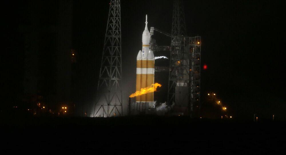 Rakieta Delta 4-Heavy przed startem