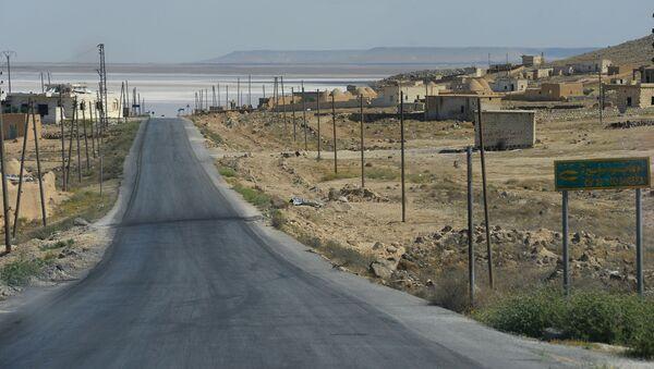 Droga z Aleppo do Homs w Syrii - Sputnik Polska