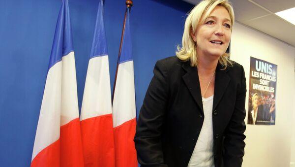 """Lider francuskiej skrajnie prawicowej partii """"Front Narodowy"""" Marine Le Pen - Sputnik Polska"""