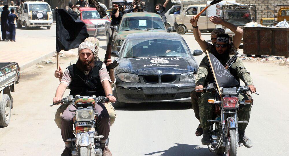 Członkowie islamskiej organizacji terrorystycznej Dżabhat an-Nusra