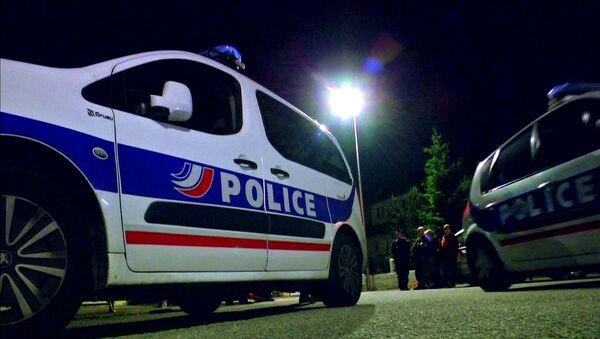 Policja na miejscu zabójstwa policjanta pod Paryżem. Yvelines. - Sputnik Polska