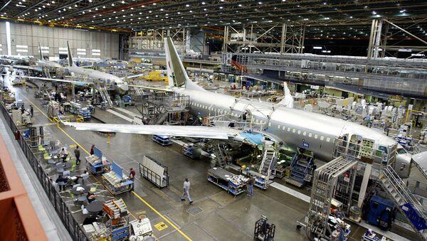 Montaż samolotów Boeing 737 w fabryce korporacji Boeing w USA - Sputnik Polska