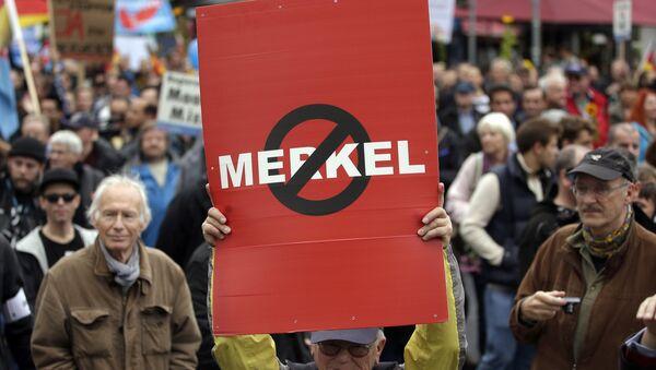 Manifestation gegen Merkels-Migrationspolitik in Berlin - Sputnik Polska