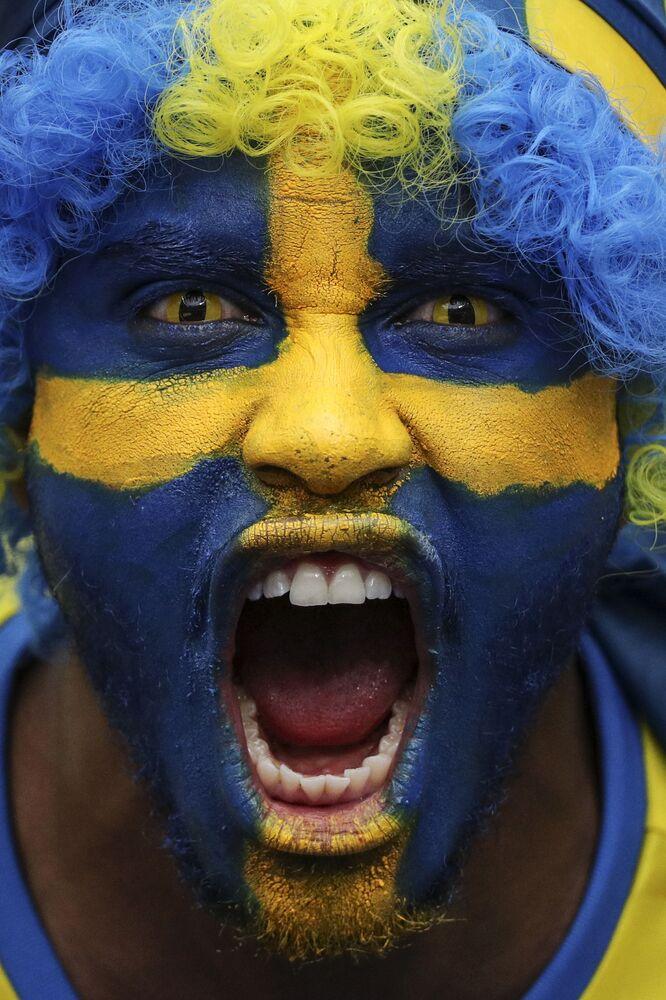 Szwedzki kibic przed maczem Irlandia - Szwecja podczas Euro-2016