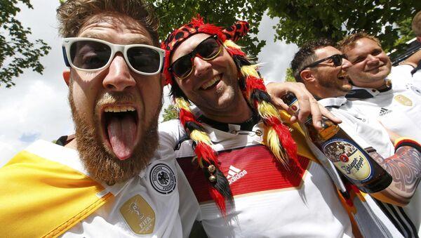 Niemieccy kibice na Euro-2016 we Francji - Sputnik Polska