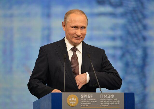 Prezydent Rosji Władimir Putin na 20. Międzynarodowym Forum Ekonomicznym w Petersburgu