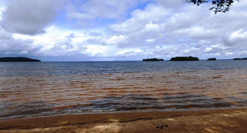 Jezioro Sjamoziero w Karelii