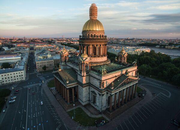 Sobór świętego Izaaka Dalmatyńskiego w Petersburgu - Sputnik Polska