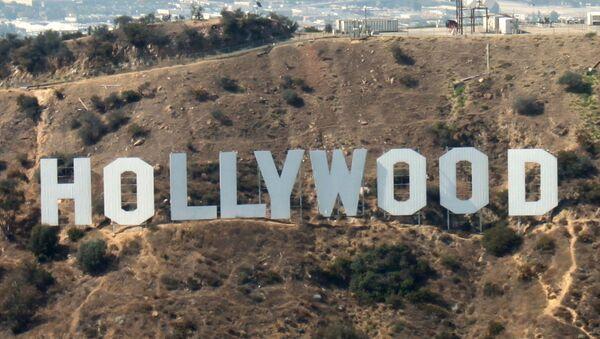 Hollywood Sign, słynny znak z nazwą dzielnicy na zboczu góry Lee - Sputnik Polska