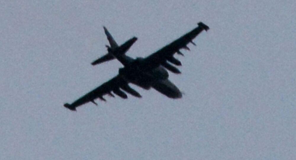 Samolot szturmowy Su-25 w Doniecku
