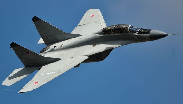Samolot MiG-35 podczas występu na MAKS 2015 w podmoskiewskim Żukowsku - Sputnik Polska