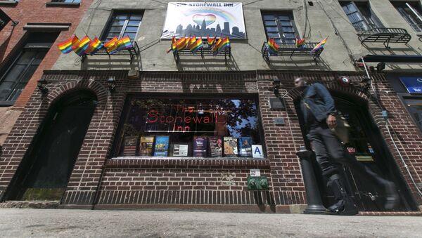 Klub gejowski The Stonewall Inn na Manhattanie - Sputnik Polska