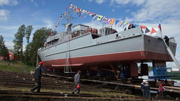 """Wodowanie głównego przeciwminowego okrętu """"Aleksander Obuchow"""" projektu 12700 - Sputnik Polska"""