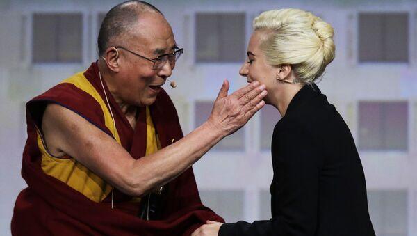 Dalajlama i Lady Gaga - Sputnik Polska