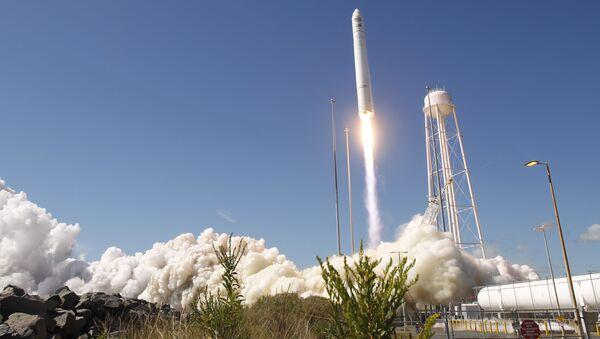 Start amerykańskiej rakiety nośnej Antares - Sputnik Polska