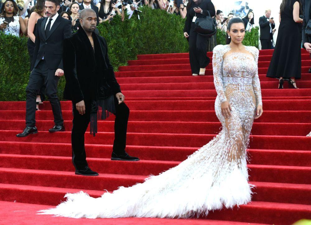 Gwaizda reality show Kim Kardashian, MET Gala 2015