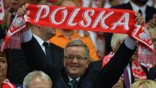 Prezydent Bronisław Komorowski podczas meczu finałowego Polska - Brazylia mistrzostw świata siatkarzy w Katowicach - Sputnik Polska