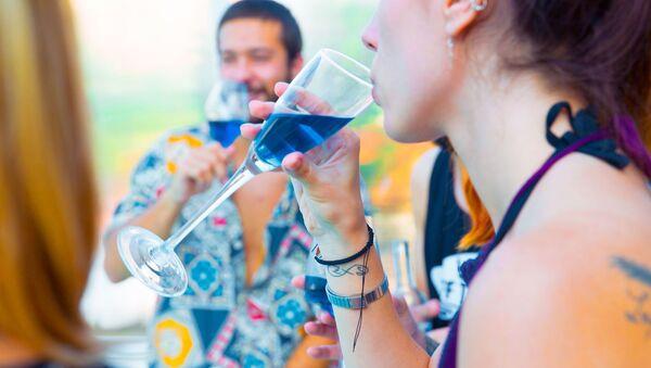 Niebieskie wino - Sputnik Polska