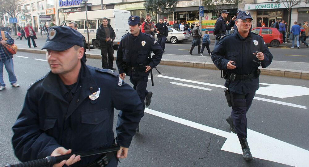 Serbscy policjanci