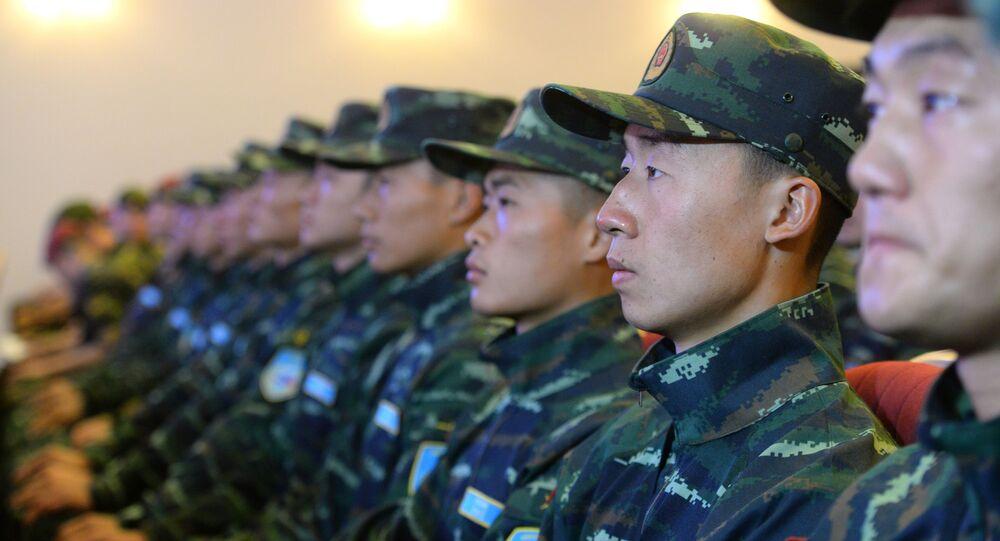 Żołnierze Narodowej Policji Zbrojnej Chin