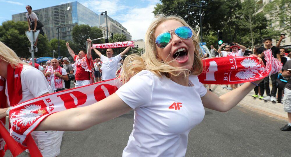 Polska kibicka w Marsylii na Euro 2016.