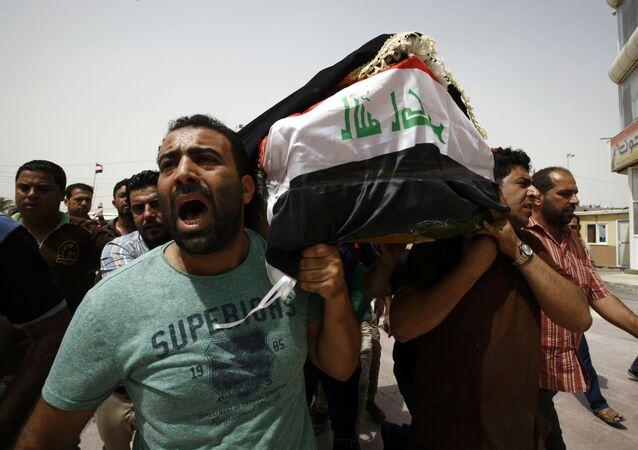 Pogrzeb ofiar zamachu w Bagdadzie