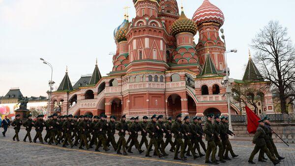 Próba generalna przed paradą wojskową z okazji Dnia Zwycięstwa w Moskwie - Sputnik Polska