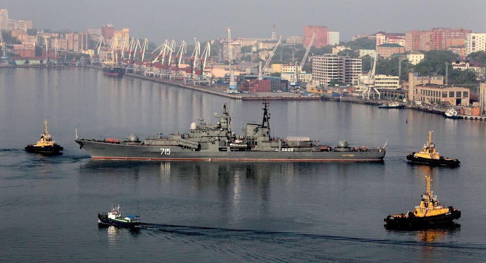 Oddział okrętów Floty Pacyficznej we Władywostoku po zakończeniu rosyjsko-chińskich ćwiczeń Morskie Współdziałanie 2014