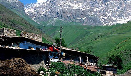Inguszetia: przemysł spożyczy, turystyka i budownictwo
