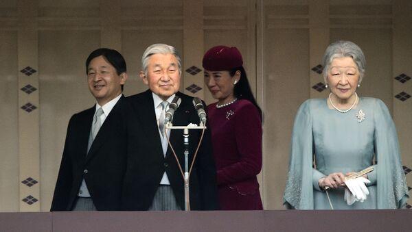 Cesarz Japonii Akihito z żoną Michiko - Sputnik Polska