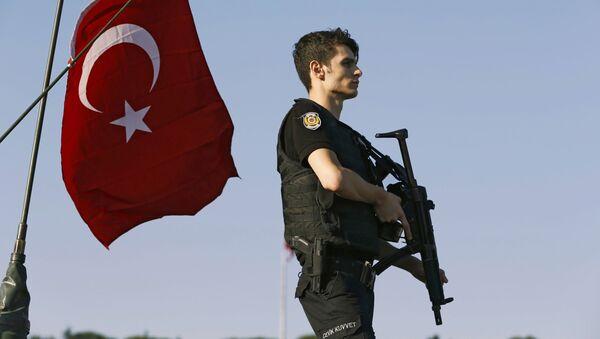 Turcja po nieudanej próbie puczu wojskowego - Sputnik Polska