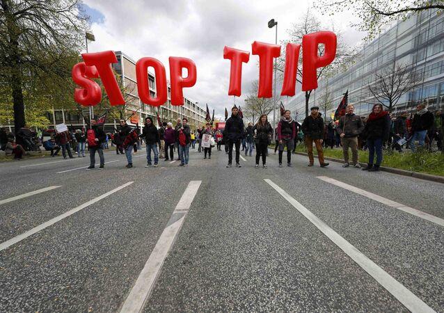 Demonstracja w Hanowerze przeciwko TTIP