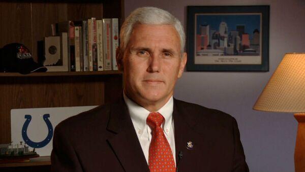 Republikański kandydat na wiceprezydenta USA Mike Pence - Sputnik Polska