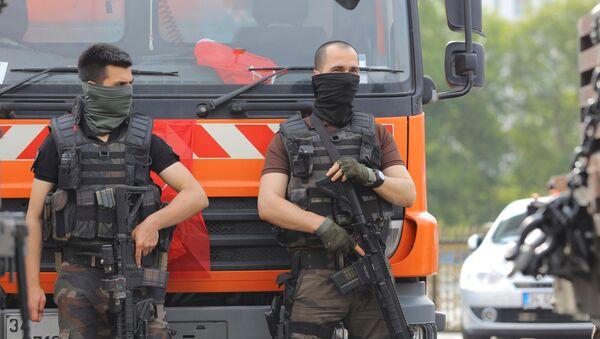 Funkcjonariusze z jednostki specjalnej tureckiej policji - Sputnik Polska