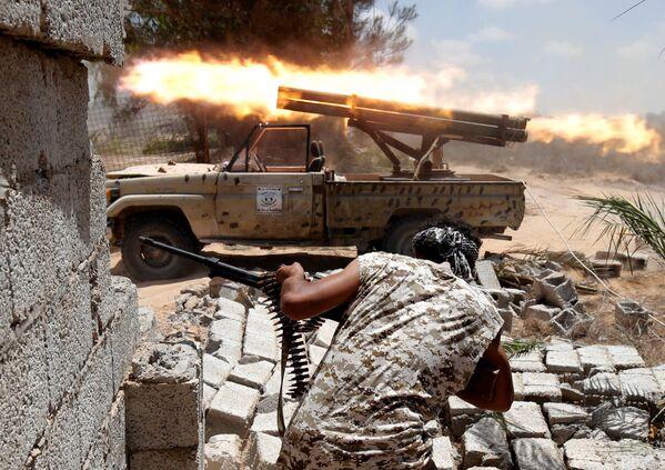 Od początku maja Libijscy żołnierze prowadzą walki o odzyskanie Syrty z rąk Państwa Islamskiego. - Sputnik Polska