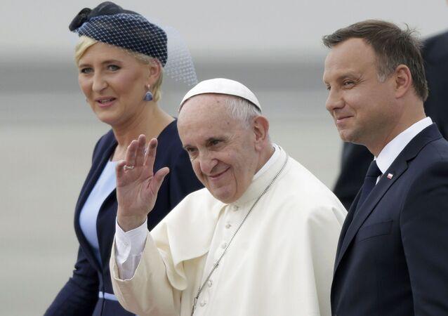 Papież Franciszek, prezydent Andrzej Duda z małżonką