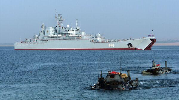 Ćwiczenia wojskowe na morzu z udziałem marynarki wojennej USA - Sputnik Polska