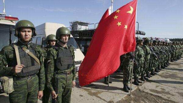 Rosyjscy i chińscy żołnierze - Sputnik Polska