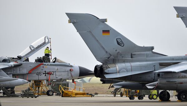 Samoloty Tornado niemieckich sił lotniczych w bazie lotniczej Incirlik w Turcji - Sputnik Polska
