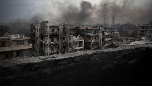 Zniszczone domy w Aleppo, Syria - Sputnik Polska