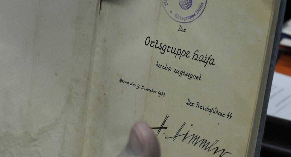 Książka Krótka klasyfikacja rasowa narodu niemieckiego z autografem Himmlera